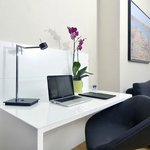 İn-Room Business Centre