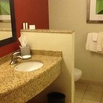 Photo de Courtyard by Marriott Dallas Allen at the John Q Hammons Center