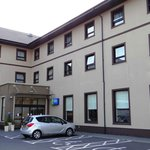 Holiday Inn Express Antrim M2, JCT.1 resmi