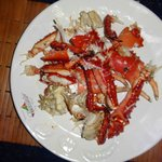 the appetizer for dinner: lobster or crab to share for three people
