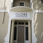 Photo de Globe Apartments