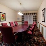 Executive Boardroom- Holiday Inn Portland/Gresham
