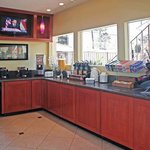Lobby with Breakfast Counter