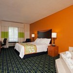Фотография Fairfield Inn & Suites Chicago Naperville