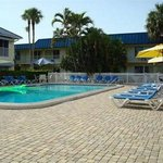 Photo of Naples Courtyard Inn