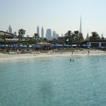 Dubai Marine Beach Resort and Spa resmi