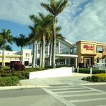 Country Inn & Suites Miami (Kendall) resmi