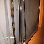 Broken window in the burglary. All our electronic was stolen. Owner did not pay as. Read my revi