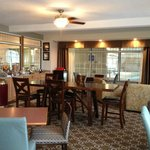 Photo de AmericInn Hotel & Suites Petoskey