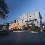 Mandolay Hotel & Conference Centre Guildford