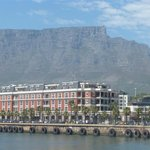 The Cape Grace in front of Table Mountain