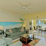 The Grandview Condos Cayman Islandsの写真