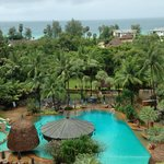 Foto van Moevenpick Resort and Spa Karon Beach Phuket