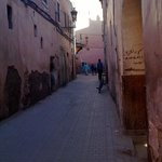 Alleyway leading towards Riad Farnatchi
