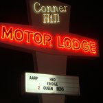 Conner Hill Motor Lodge resmi