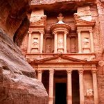 Discover Petra-  The treasury- One of the world wonder
