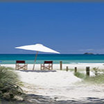 Clarkes Beach your fromt yard from Pacific Apartments Byron Bay