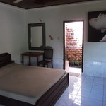 big double  room , open air bathroom