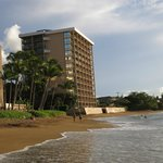 Kahana Beach Resort (notice the rooms almost all have an oceanview)
