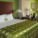 Photo de La Quinta Inn & Suites Cleveland