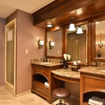 King Spa suite vanity area