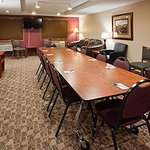Americ Inn Austin Meeting Room