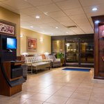 Holiday Inn Express Washington DC East - Andrews AFBの写真