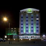 Hotel pictured at night as you arrive along the main Warwick Road