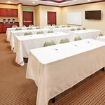 Photo de Holiday Inn Express Hotel & Suites Guymon
