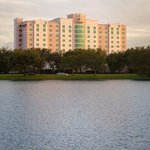 Welcome to the DoubleTree by Hilton Hotel Sunrise - Sawgrass Mills!
