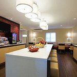 Hawthorn Suites by Wyndham Detroit Farmington Hills resmi
