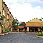 Hamilton Inn And Suites