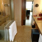 Executive Suite (Bath room)
