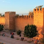 Taroudant walls at sunset - thanks Henri for the tip to find the stairs
