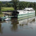 Photo de Green Yacht Hotel
