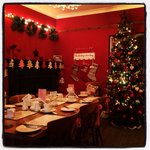 Gorgeous Christmassy dining room