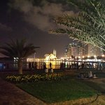 Фотография Hotel Holiday International Sharjah