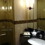 bathroom Perankan Suite