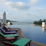 Q Signature Samui Beach Resort resmi