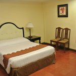 White Knight Hotel Intramuros resmi