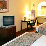 Foto Executive Inn & Suites