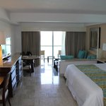 Fiesta Americana Grand Coral Beach Resort & Spa resmi