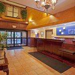 Holiday Inn Express Pittsburgh-North (Harmarville) Foto