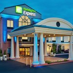 Фотография Holiday Inn Express Hotel & Suites Quakertown
