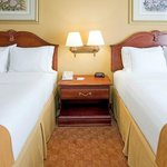 Holiday Inn Express Suites - Duncanvilleの写真