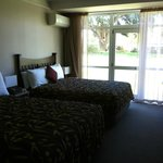 Photo de Hotel Ashburton