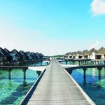 Photo de Four Seasons Resort Maldives at Kuda Huraa