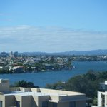 Photo de Meriton Serviced Apartments Southport