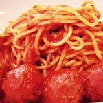 Classic spaghetti and turkey meatballs