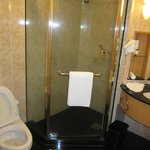 1520 separate shower cabine